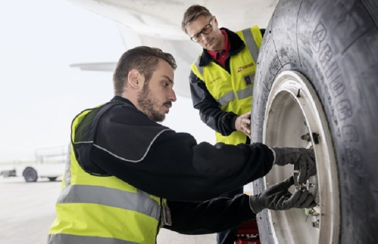 Yard Machine Parts >> Aircraft Line Maintenance – Mobile Ways of Communication ...
